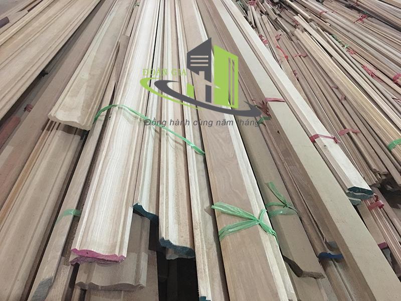 Nẹp gỗ tự nhiên Phào gỗ tự nhiên chất lượng giá rẻ